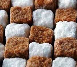 Какой сахар слаще, тростниковый или свекольный